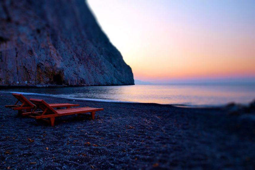 Северная часть пляжа Перисса