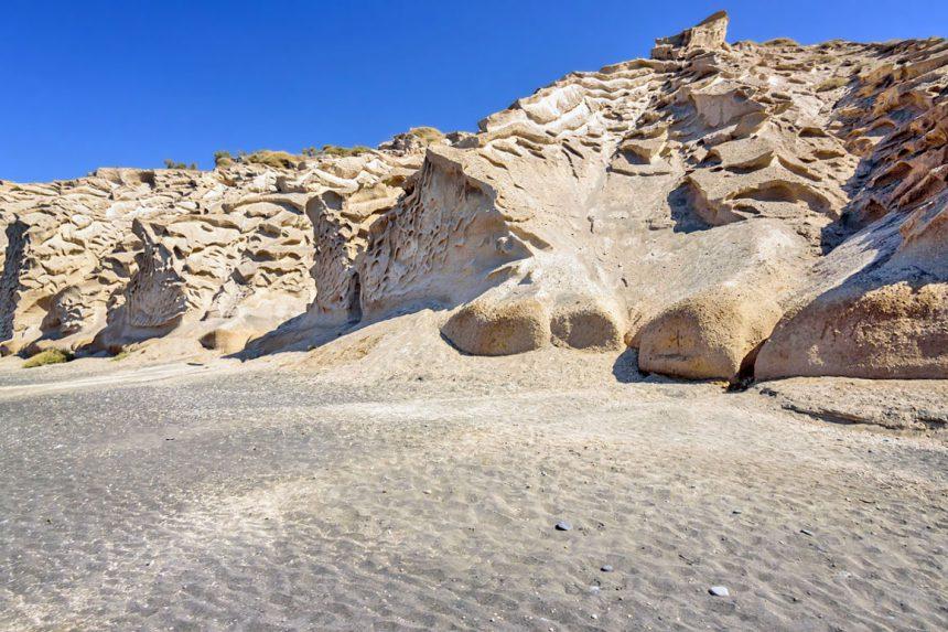 Время, ветер, вода - и неожиданные формы каменных пород