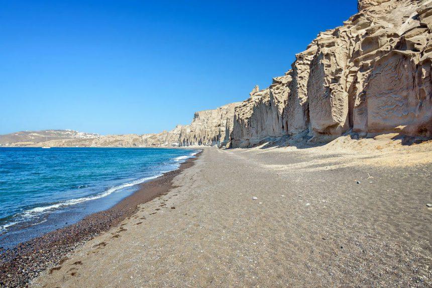 Южное побережье острова Санторини, пляж Влихада