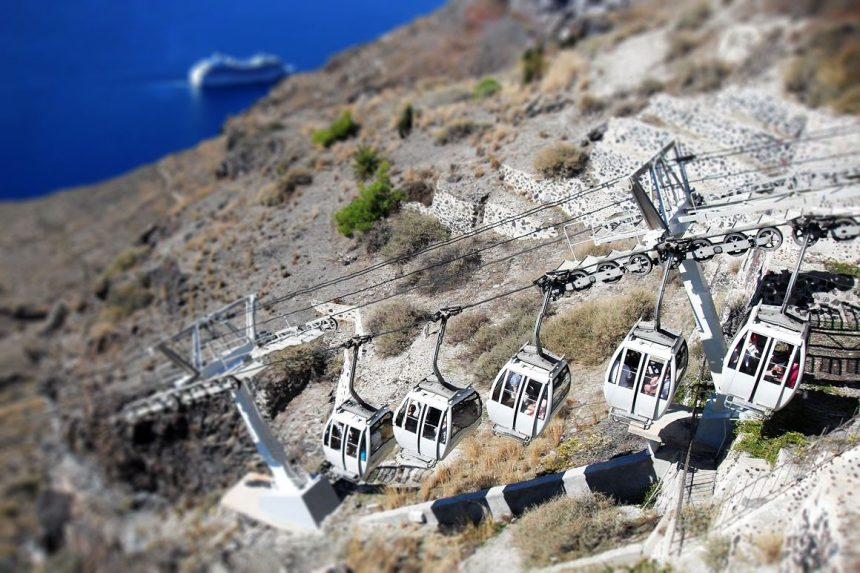 Канатная дорога в порт Тира, Санторинии