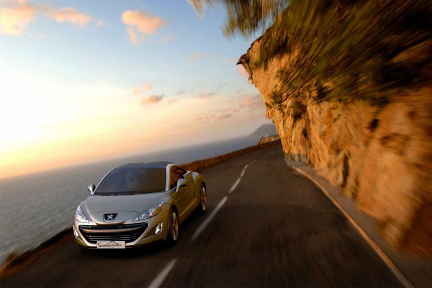 Аренда машины на Санторини: отличный способ увидеть весь остров.
